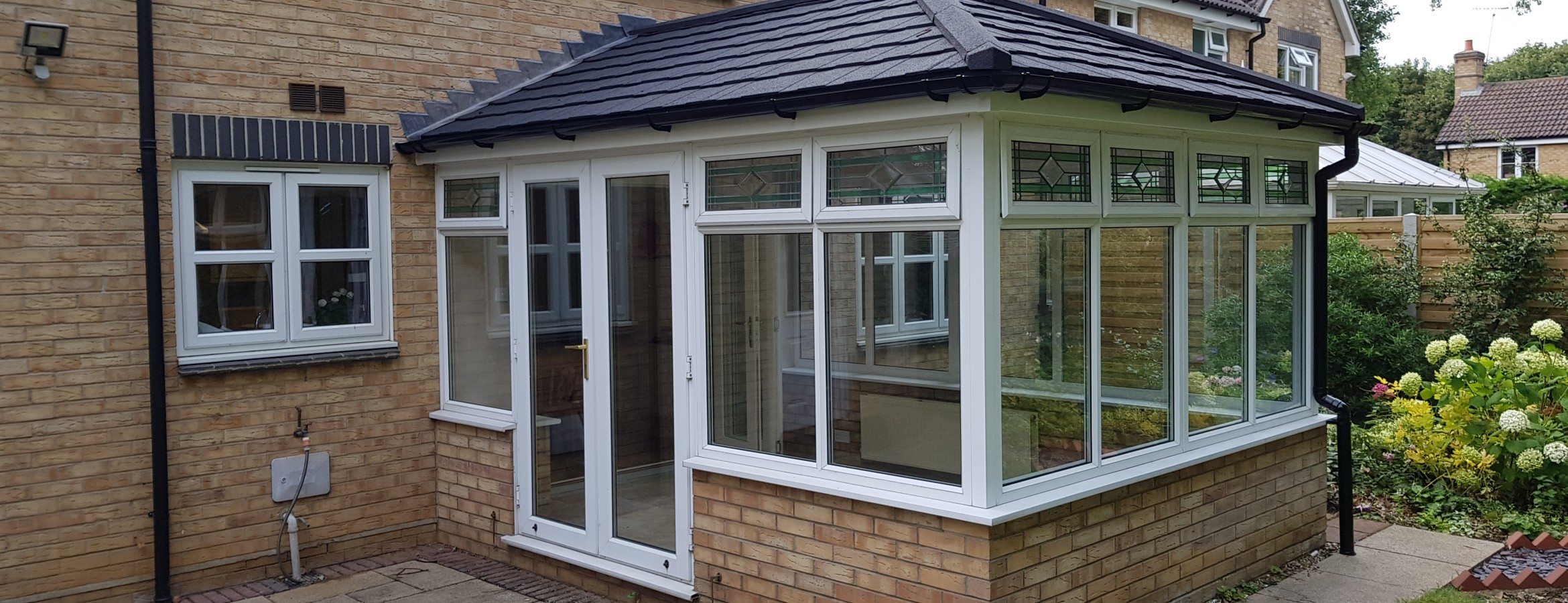 A new conservatory with a warmroof